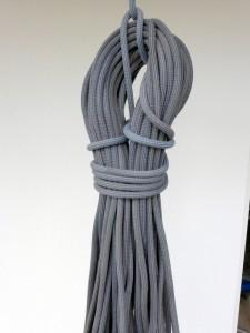 Das frisch gewaschene Seil bei Tageslicht.